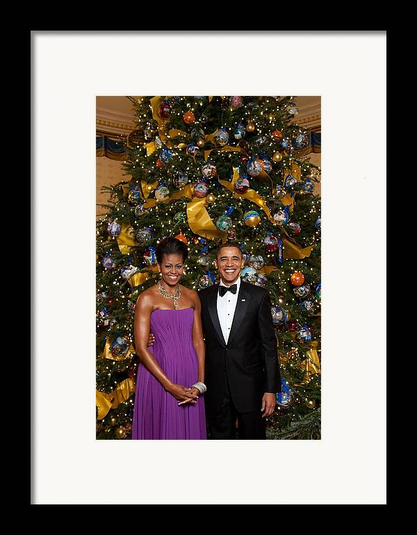 History Framed Print featuring the photograph President And Michelle Obama Pose by Everett
