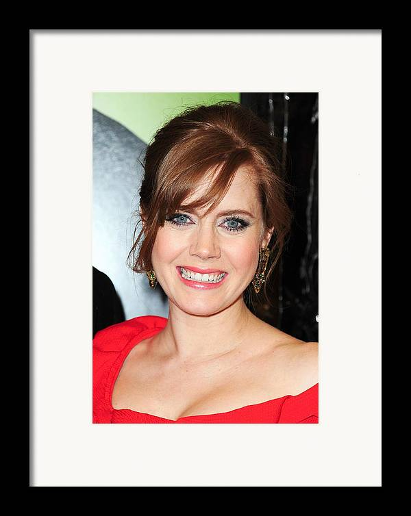 Amy Adams Framed Print featuring the photograph Amy Adams At Arrivals For Leap Year by Everett