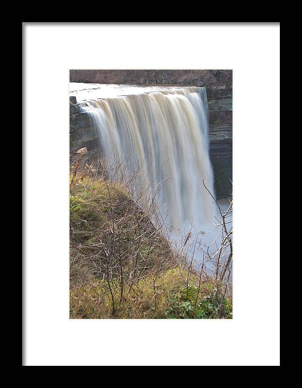 Balls Falls Framed Print featuring the photograph Balls Falls 9931c by Guy Whiteley