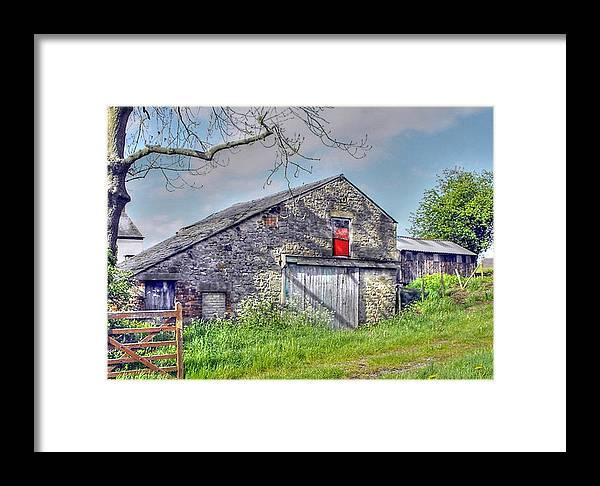 Barn Framed Print featuring the photograph Barn At Garstang by Jacqui Kilcoyne