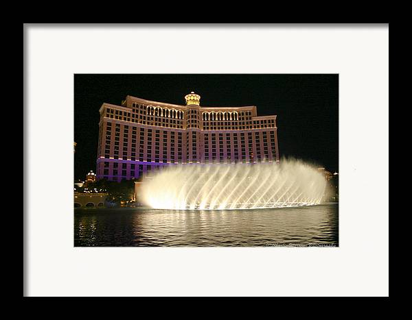 Las Vegas Framed Print featuring the photograph Bellagio Fountains 4 by Charles Warren