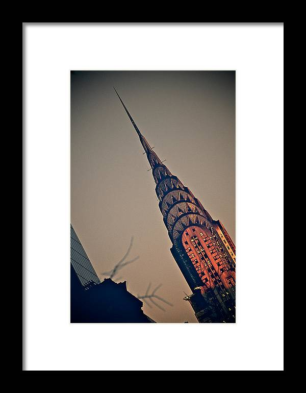 Chrysler Bulding Framed Print featuring the photograph Blushing Skies by Susi Perla