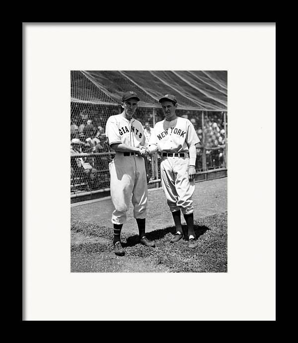 1930s Candid Framed Print featuring the photograph Carl Hubbell & Vernon Lefty Gomez by Everett