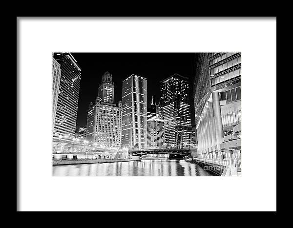 America Framed Print featuring the photograph Chicago At Night by Paul Velgos