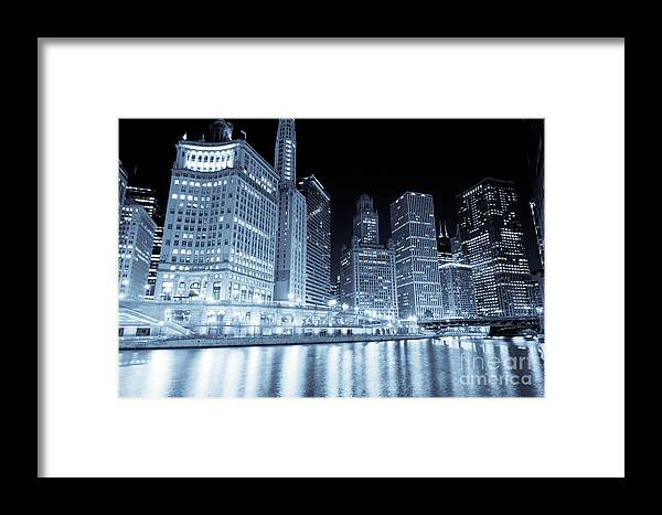 America Framed Print featuring the photograph Chicago Downtown Skyline At Night by Paul Velgos