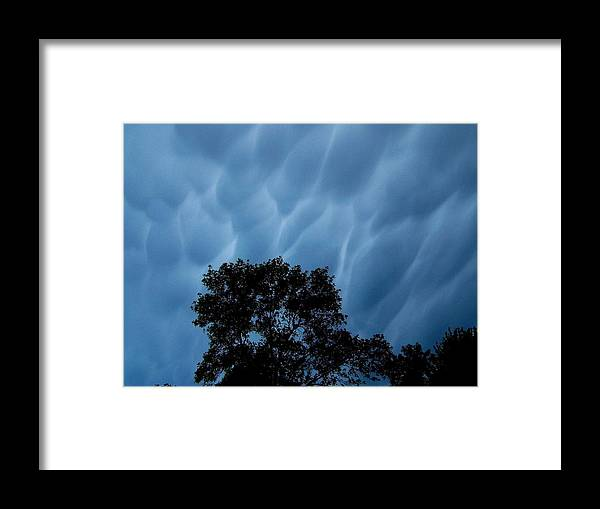 Cloud Framed Print featuring the photograph Cloud Dream by Jeff Moose