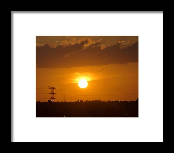 Mexico Framed Print featuring the photograph Contrast In Power by Barry Doherty