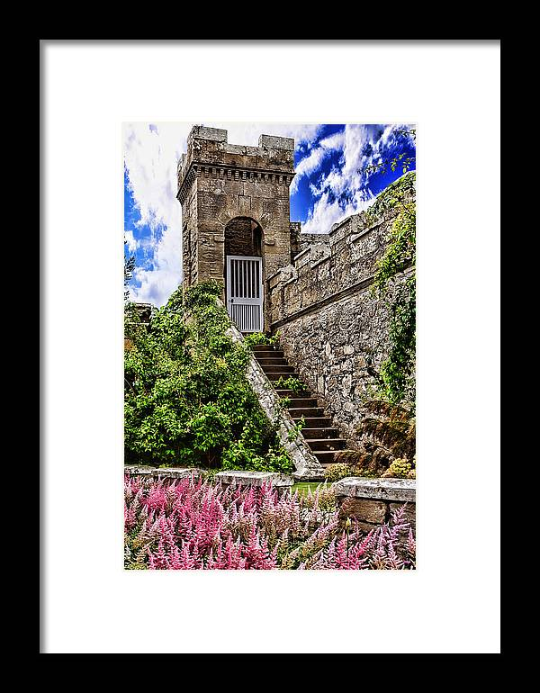 Culzean Castle Framed Print featuring the photograph Culzean Castle by Wendy White