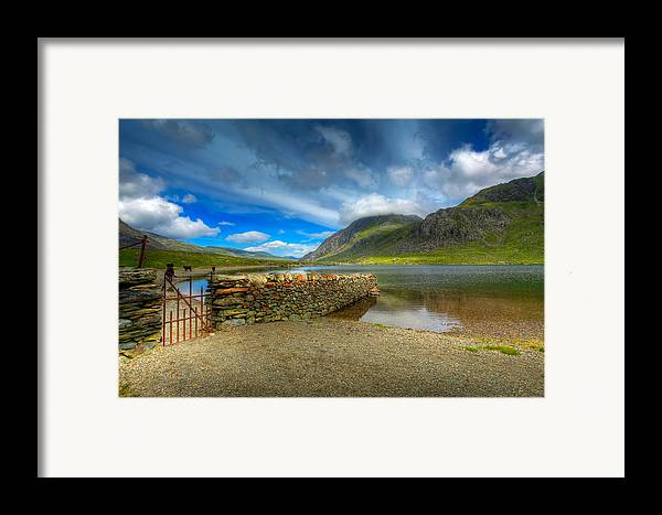Hdr Framed Print featuring the photograph Cwm Idwal by Adrian Evans