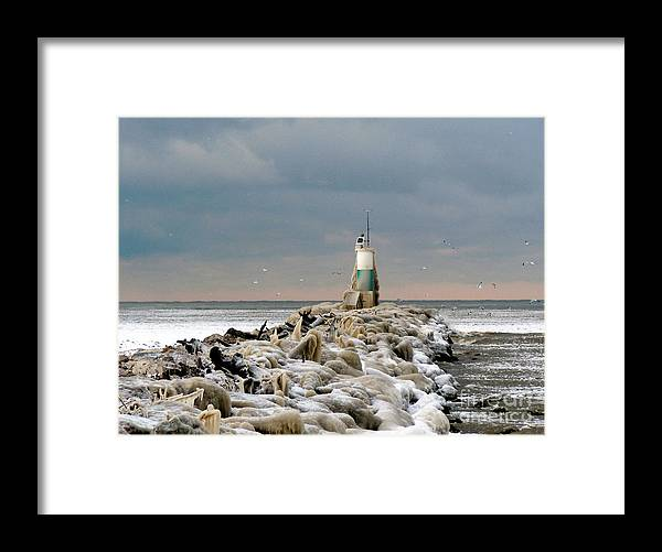 Landscape Framed Print featuring the photograph Cyc Lighthouse by Bob Niederriter