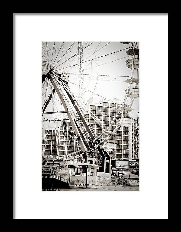 Ferris Wheel Framed Print featuring the photograph Daytona Beach Ferris Wheel by Eye Shutter To Think