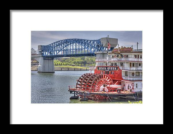 River Framed Print featuring the photograph Delta Queen by David Troxel