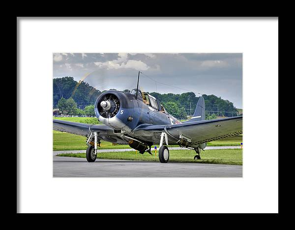 Dive Bomber Framed Print featuring the photograph Douglas Sbd-5 Dauntless by Dan Myers