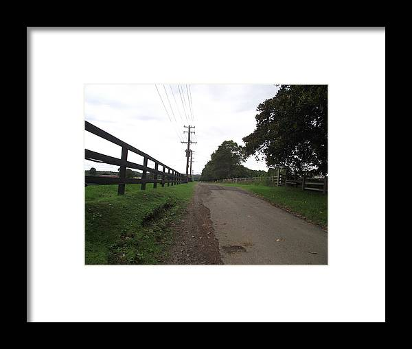 Road Framed Print featuring the photograph Down The Lane by Rani De Leeuw