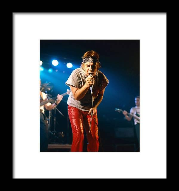Photo Framed Print featuring the photograph Eric Burdon 1 by Dragan Kudjerski
