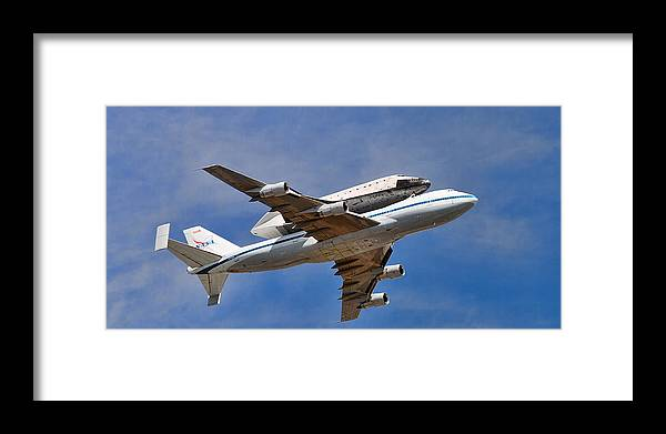 Anaheim Framed Print featuring the photograph Final Flight Endeavour by Peter Tellone