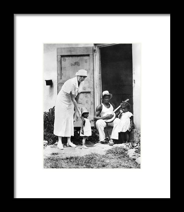 History Framed Print featuring the photograph First Lady Eleanor Roosevelt Chatting by Everett