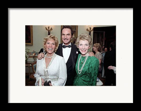 History Framed Print featuring the photograph First Lady Nancy Reagan With Dinah by Everett