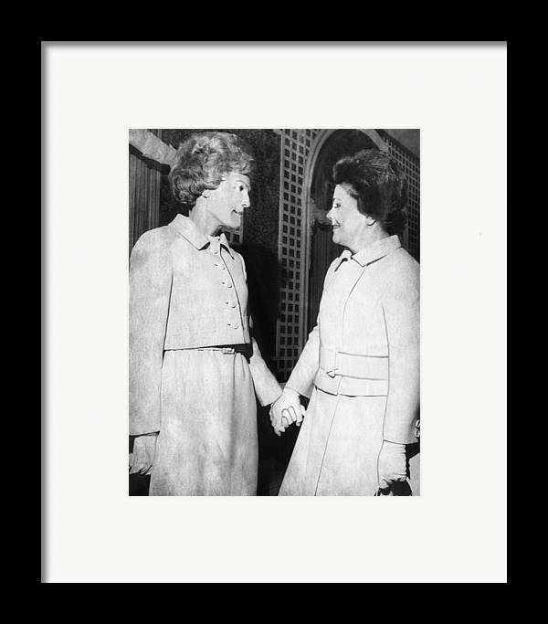 1970s Framed Print featuring the photograph First Lady Patricia Nixon Hold Hands by Everett