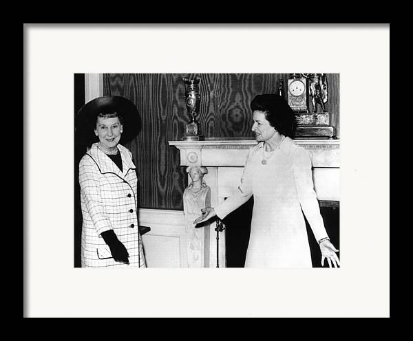 History Framed Print featuring the photograph Former First Lady Mamie Eisenhower by Everett