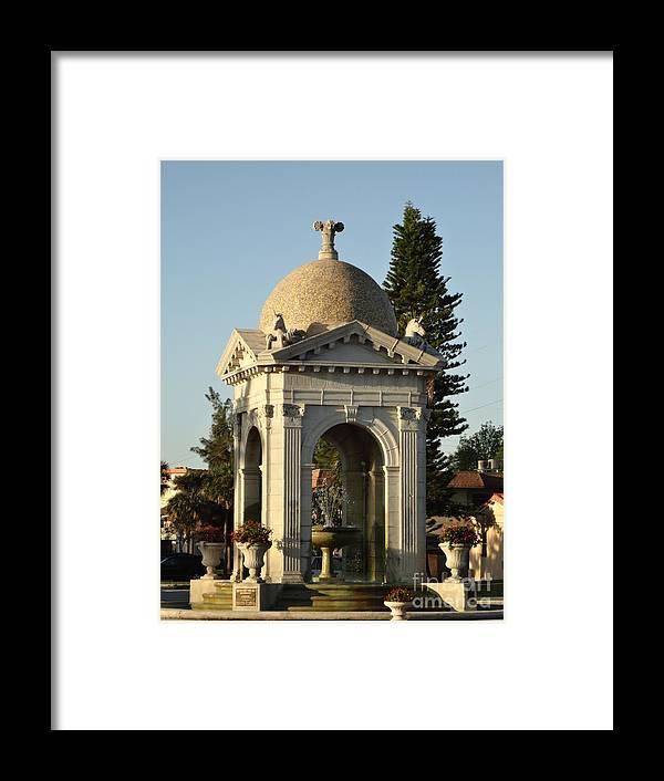 Fountain Framed Print featuring the photograph Fulford Fountain 2012 by Maria Bonnier-Perez