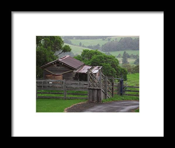 House Framed Print featuring the photograph Getaway by Rani De Leeuw