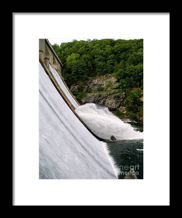 Water Framed Print featuring the photograph Gusher by Mark Dodd