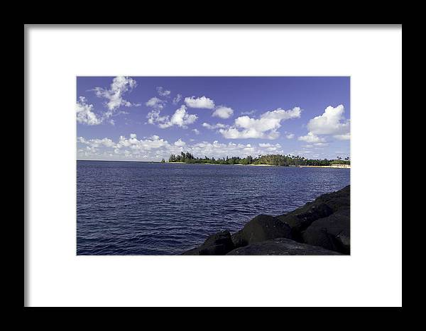 Landscape Framed Print featuring the photograph Hawaii North Shore Beach by Devin Takahashi