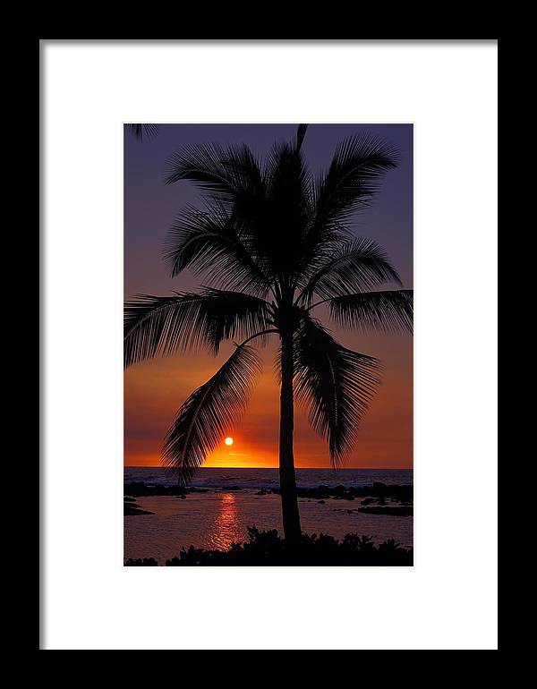Sunset Framed Print featuring the photograph Hawaiian Sunset by Sally Weigand