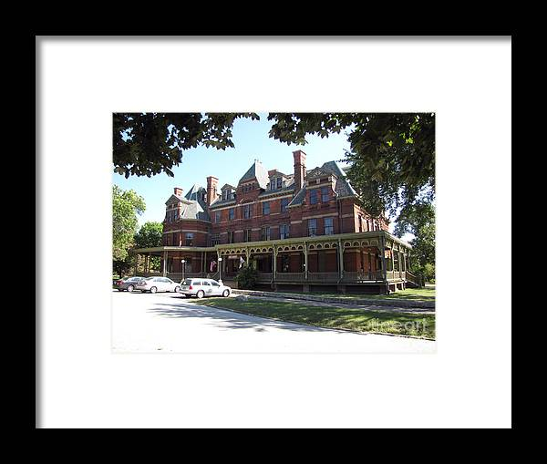 Hotel Framed Print featuring the photograph Hotel Florence Chicago Illinois by Cedric Hampton