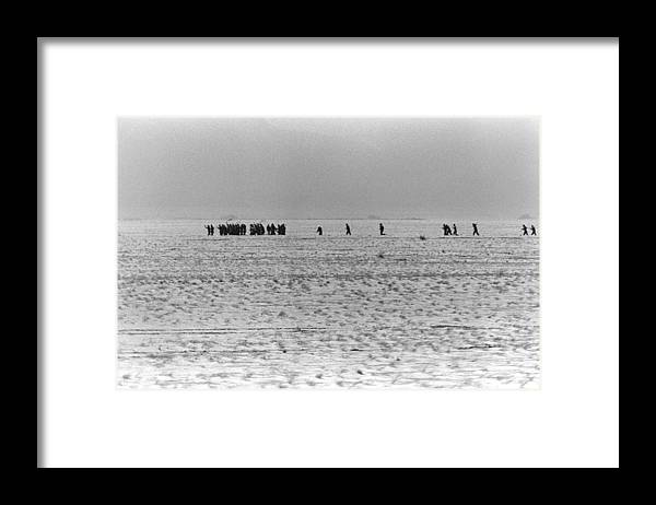 History Framed Print featuring the photograph Iraqi Soldiers Surrender To The 1st by Everett