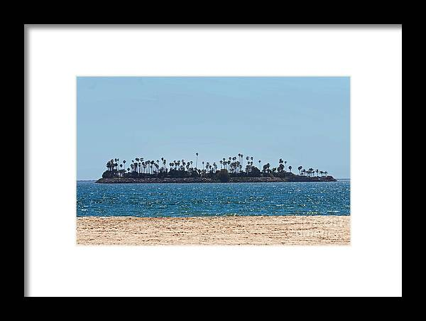 Water Framed Print featuring the photograph Isle Out There by Dan Holm