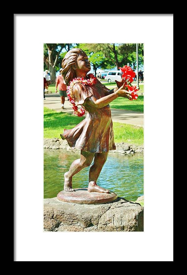 Sculpture Framed Print featuring the photograph JOY by Craig Wood