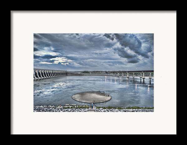 Kentucky Dam Framed Print featuring the photograph Kentucky Dam Dusk by Jim Pearson