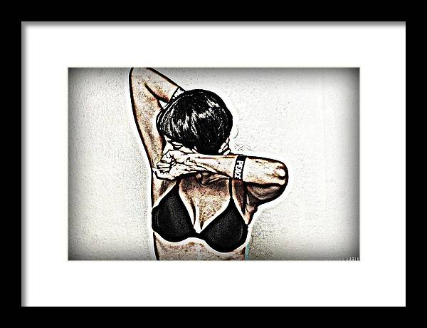 Libra.love.freedom Framed Print featuring the photograph Love and Peace by D Wash