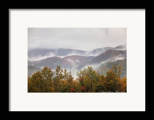 Great Smoky Mountains Framed Print featuring the photograph Misty Morning I by Charles Warren