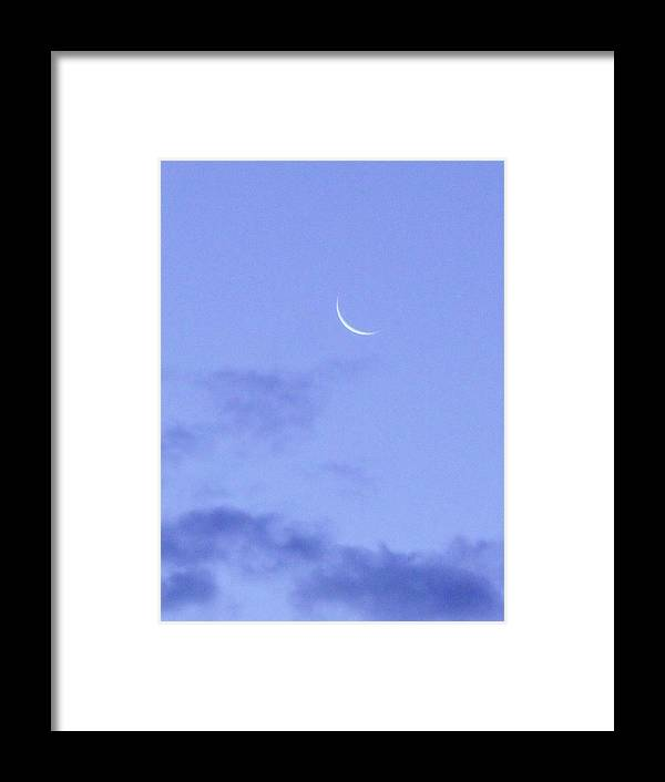 Moon Framed Print featuring the photograph Moonrise by Charles Wells