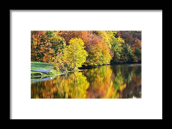 Fall Framed Print featuring the photograph Nature's Watercolor by Kim Hymes