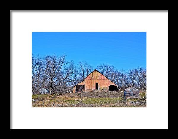 Barn Framed Print featuring the photograph Old Barn by Julio n Brenda JnB