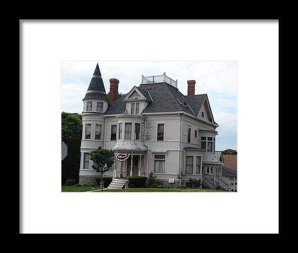 A House In Fall River Framed Print featuring the photograph Old New England by Kenneth Dow