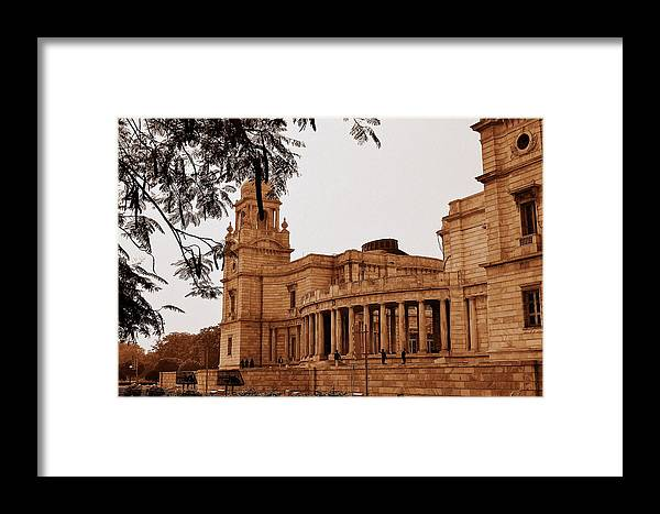 Monument Framed Print featuring the photograph Old Victoria by Rima Biswas