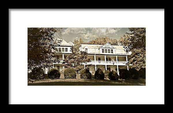 100 Framed Print featuring the photograph One Hundred Year Old Mountain Inn by Susan Leggett