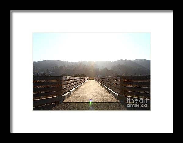Bridge Framed Print featuring the photograph Pedestrian Bridge At Martinez Regional Shoreline Park In Martinez California . 7d10534 by Wingsdomain Art and Photography