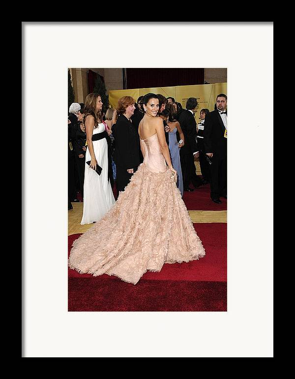 Oscars 79th Annual Academy Awards - Arrivals Framed Print featuring the photograph Penelope Cruz Wearing Atelier Versace by Everett