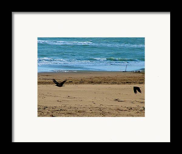 Sea Framed Print featuring the photograph Perdersi by Alessandro Della Pietra