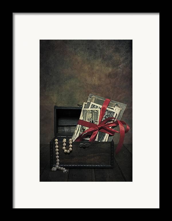 Photo Framed Print featuring the photograph Photos by Joana Kruse