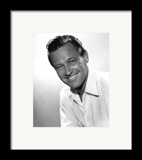 1950s Movies Framed Print featuring the photograph Picnic, William Holden, 1955 by Everett