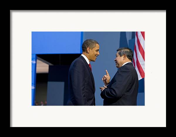 History Framed Print featuring the photograph President Obama Talks With Indonesian by Everett