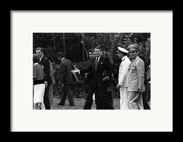 History Framed Print featuring the photograph President Reagan Gestures To Members by Everett
