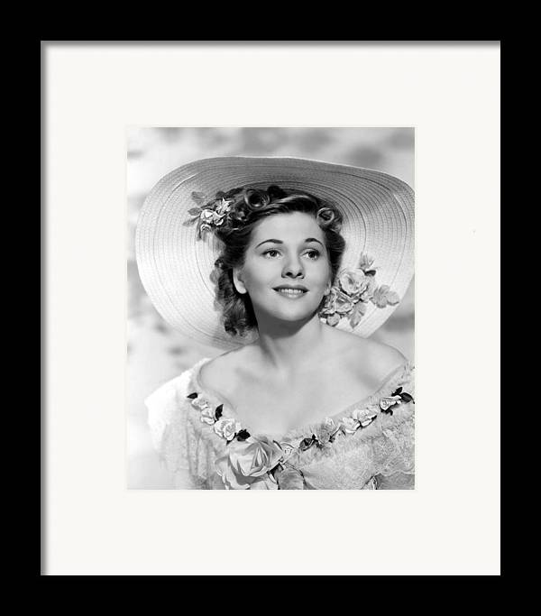 1940 Movies Framed Print featuring the photograph Rebecca, Joan Fontaine, 1940 by Everett